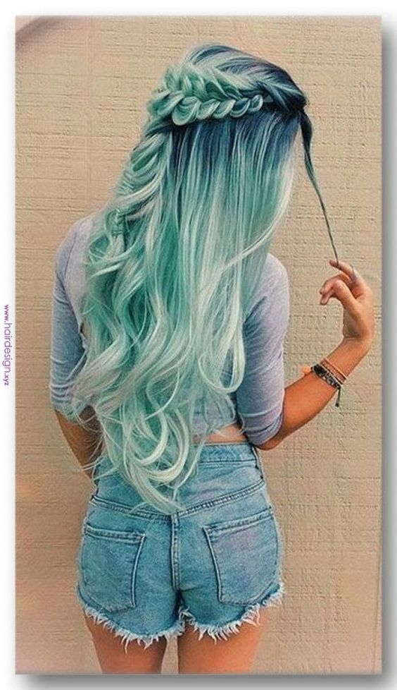 35 Cute And Crazy Hair Color Ideas For Long Hairs There Are A Lot Of Amazing And Cute Hair Color Ideas But The Crazy Ones Are The Best Crazy Hair Colors Are