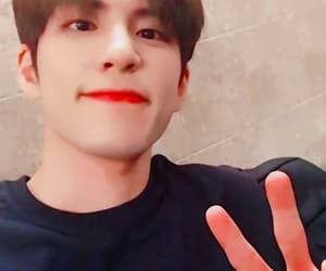 k-pop, day6, and wonpil image