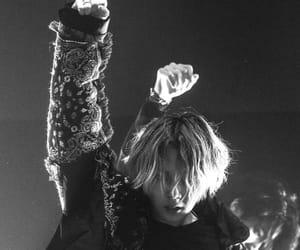 black and white, e'dawn, and 김효종 image