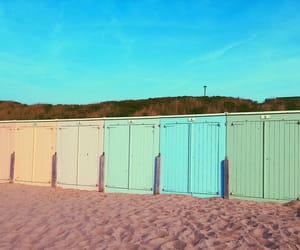 colorful, pastel, and beachhousey image
