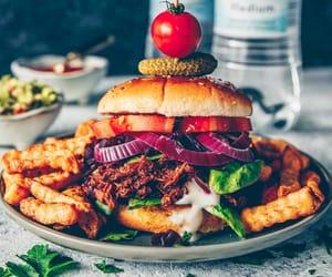 food, comida, and hamburguer image