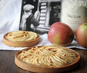 apple, caramel, and crumble image