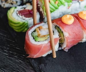 sushi and foof image