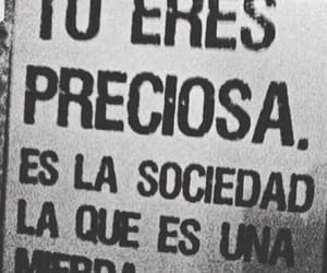 autoestima, sociedad, and frases image