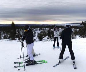 girls, ski, and Skiing image