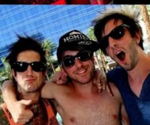 alex gaskarth, throwbacks, and all time low image