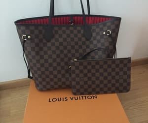 Louis Vuitton, MM, and neverfull image