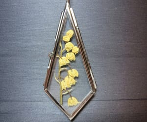 pressed flowers necklace image