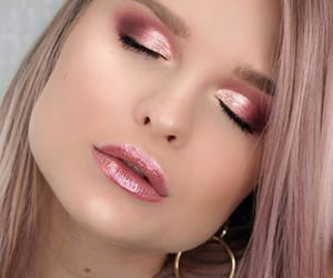 makeup, glossy pink lips, and glitter pink eyes image
