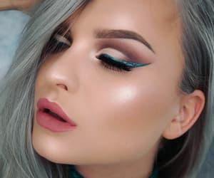 makeup, pink lips, and green glitter eyeliner image