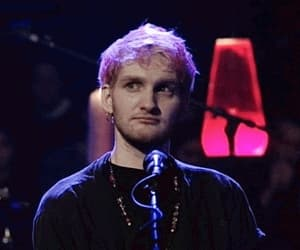 alice in chains, pink hair, and layne staley image