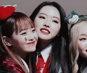 yves, loona, and loona header image