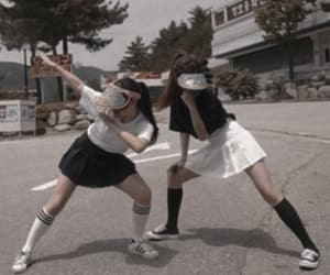korean girls, friends, and ulzzang girl icon image