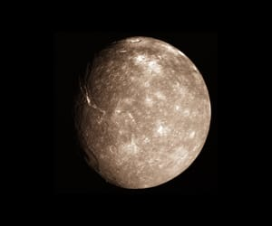 moon, titania, and Uranus image