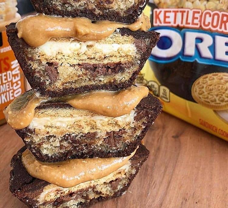 brownies, Cookies, and pies image
