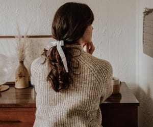 autumn, fashion, and hairstyle image