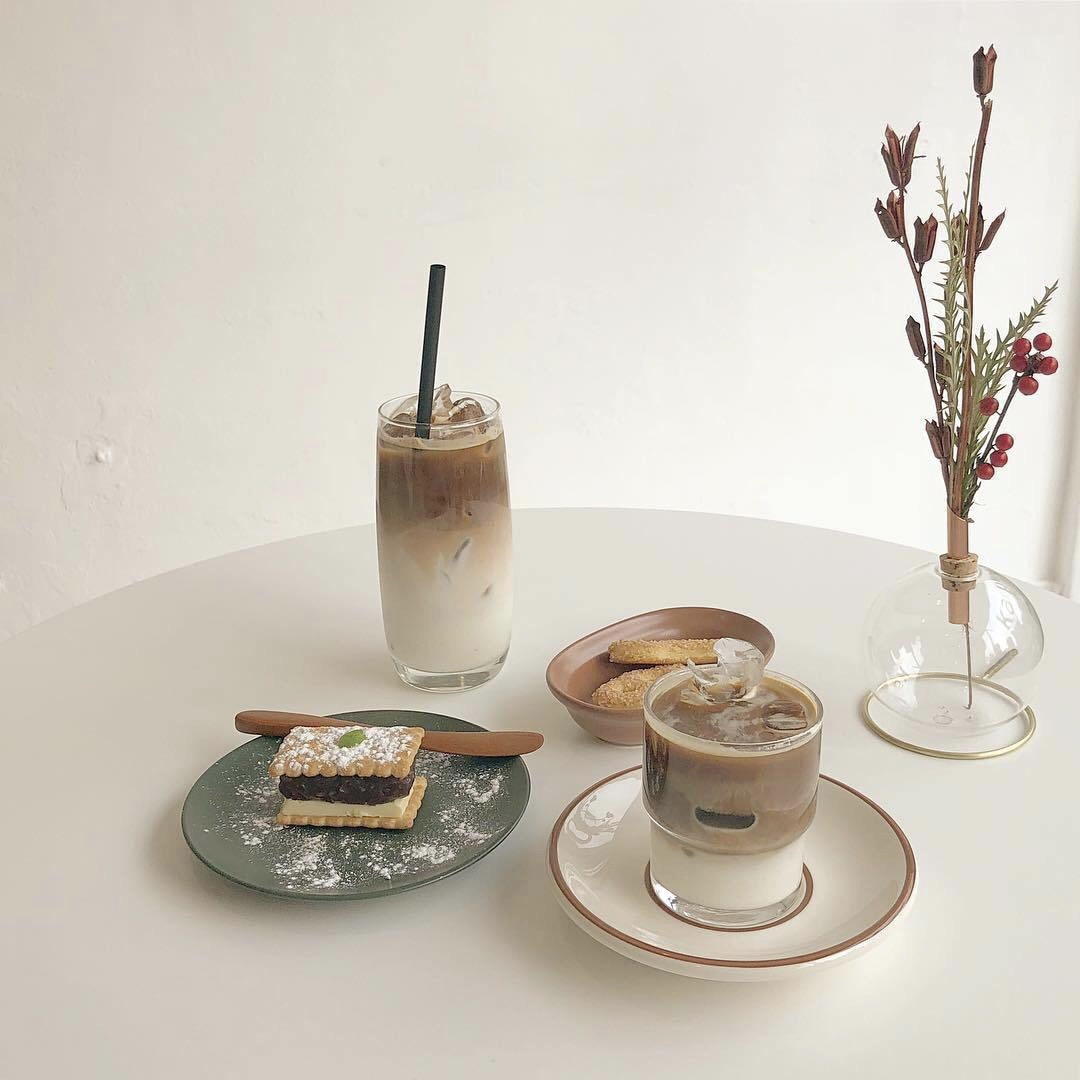 255 Images About Cafe Aesthetics On We Heart It See More About Aesthetic Cafe And Food