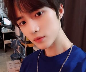 k-pop, txt, and beomgyu image
