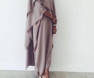 abaya and fashion image
