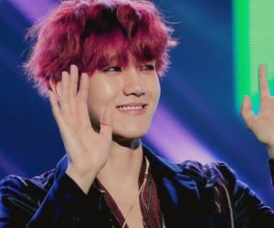 exo, baekhyun, and red image