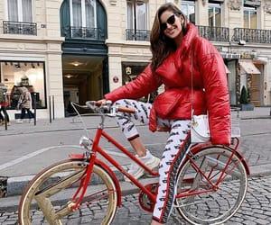 bicicleta, bike, and Izabel Goulart image