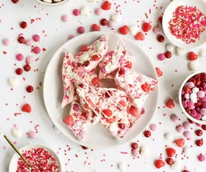 valentines day, pretty food, and gift ideas image