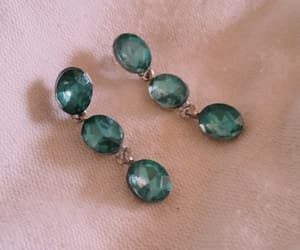 color, aretes hermosos, and jade image