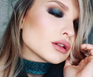 makeup, pink lips, and loveit image