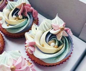 beauty, buttercream, and cakes image