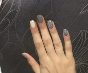 nails and shortnails image