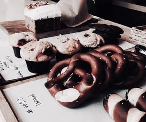 food, pretzel, and aesthetic image