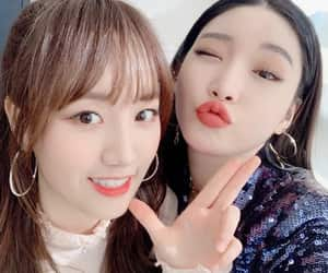 girl group, chungha, and haeyoon image