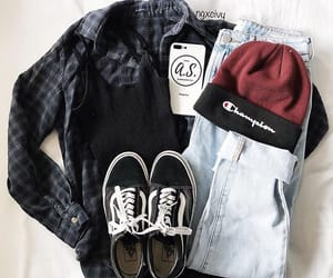 black top, fashion, and flannel image