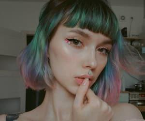 bangs, tattoo, and cabelo colorido image