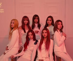 dreamcatcher, group, and kpop image