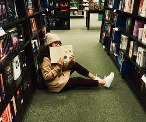 aesthetic, biblioteca, and books image