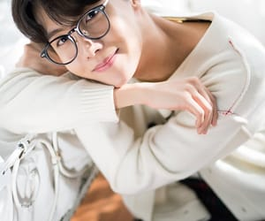 idol, min yoongi, and kim namjoon image
