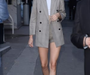 outfit and kendall jenner image