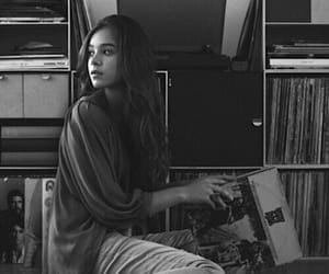 fashion, girl, and music image