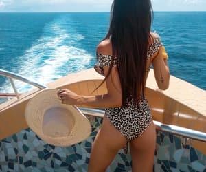 body, sea, and bikini image