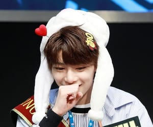 brown hair, fansign, and skz image
