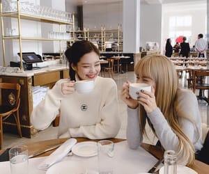 kim, lisa, and blackpink image