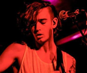 the 1975, red, and matt healy image