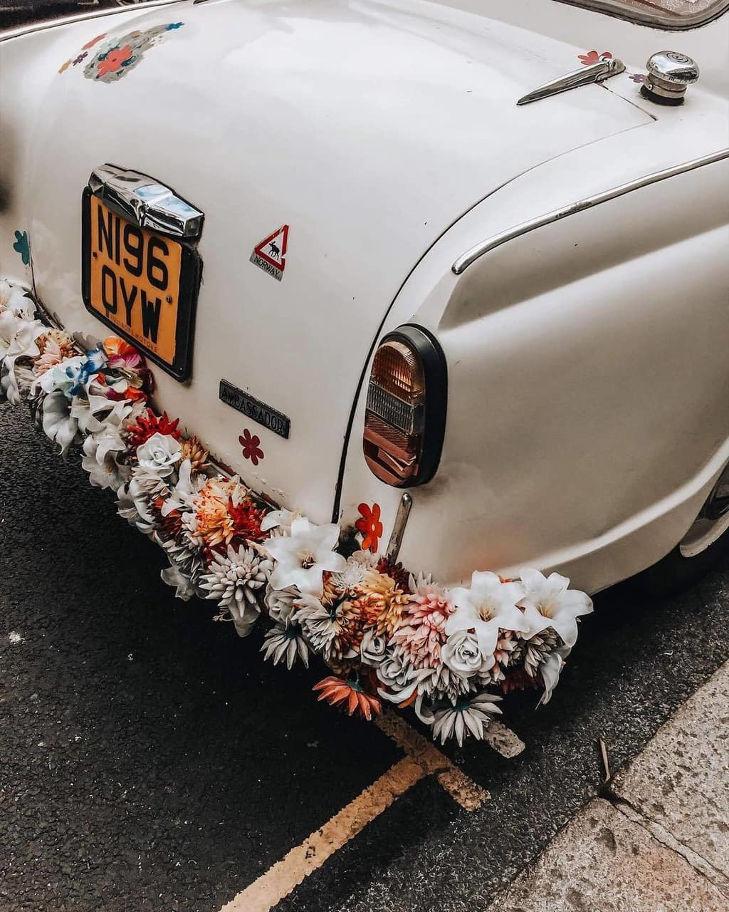 classic cars and likefairytales image