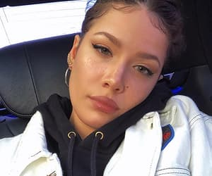halsey and singer image