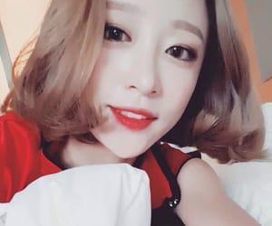 exid, heeyeon, and ahn heeyeon image