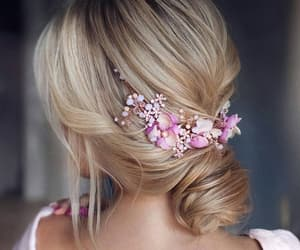blond, penteado, and hair image