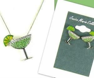 chain, earrings, and margarita image