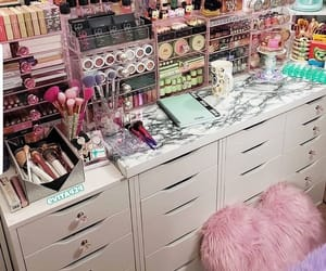 beauty, room, and decor image