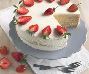 birthday cake, cake, and cake pops image